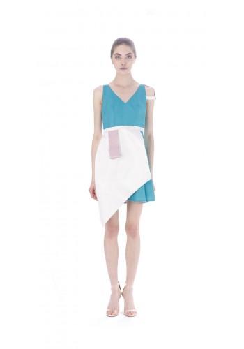 Short dress with asymmetric elements